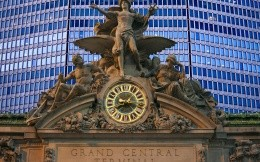 Grand Central Terminal, statues