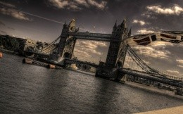 Photos of London Bridge, TOWER Bridge in the UK.