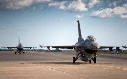 American military aircraft F16 on the runway, photo wallpaper