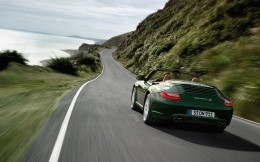 Car Porsche Carrera S Green