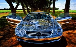 Chrome Mersedes Benz