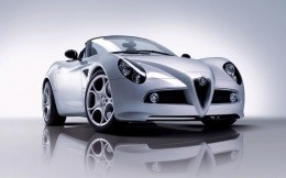 Convertible Alfa Romeo 8c Spider white, front view photo