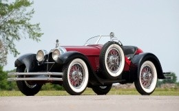 Duesenberg, a classic Old mobile open top