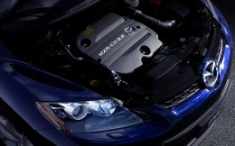 Engine Mazda CX 7 on the high-resolution photo