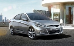 Hyundai Solaris metallic photo front view (widescreen wallpaper)