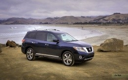 Nissan Pathfinder 2012 Photo