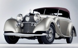 Old photos of classic Mercedes Benz Mobil