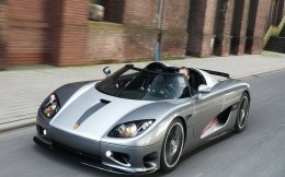 Sports car Koenigsegg CCR, photos