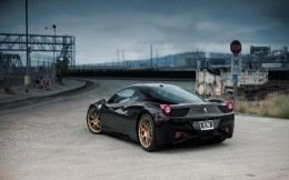 Tyunningovannaya Ferrari 458 RSC, black, photo