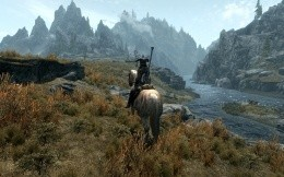 The protagonist of a horse, a screenshot from the game The Elder Scrolls 5: Skyrim