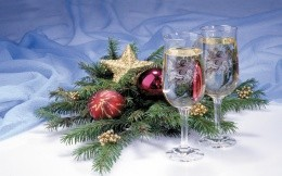 Champagne glasses and toys, Christmas wallpapers