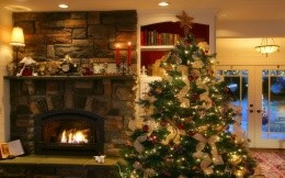 Home decorations, Christmas wallpapers, Christmas tree, fireplace, toys and Christmas gifts.