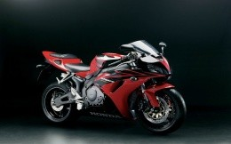 Great sport bike Honda, wallpaper for your desktop.