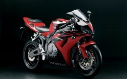 Red sport bike Honda CBR Fireblade