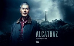 Robert Forster in the serial film Alcatraz