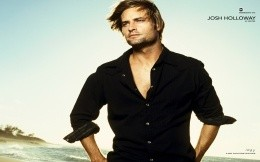 Sawyer - the hero of the series LOST - missing Josh Holloway