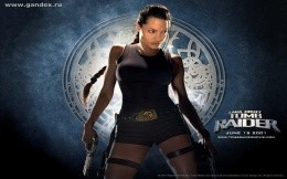 Tomb Rider - Lara Croft - fighting for the desktop based on the movie Tomb Raider, the wallpaper depicts Lara Croft - the famous character - the movie