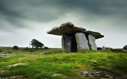 Ancient stone tomb, wallpapers