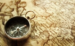 Compass and old map of the world wallpaper 1920x1200.