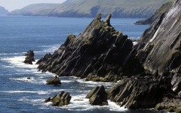 Irish rocky coastline, natural wallpaper.