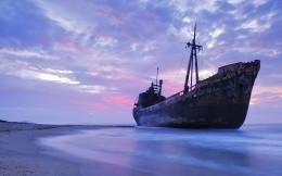 Old ship, Dimitrios, Grounded