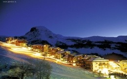The resort and the ski-run in France, night and bright wallpaper.