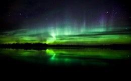 Beautiful greenish northern lights