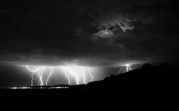 Thunder and lightning, element, nature - black and white wallpaper Mac OS - stormy sky