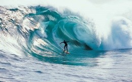 Bali surfing, photo on the desktop