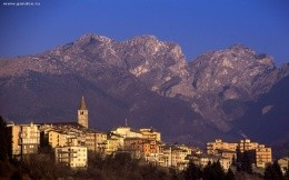 City Beluno, Italy - wallpaper city