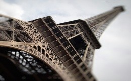Eiffel Tower - view from bottom