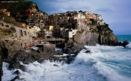 Town of Manarola, Italy - Wallpaper