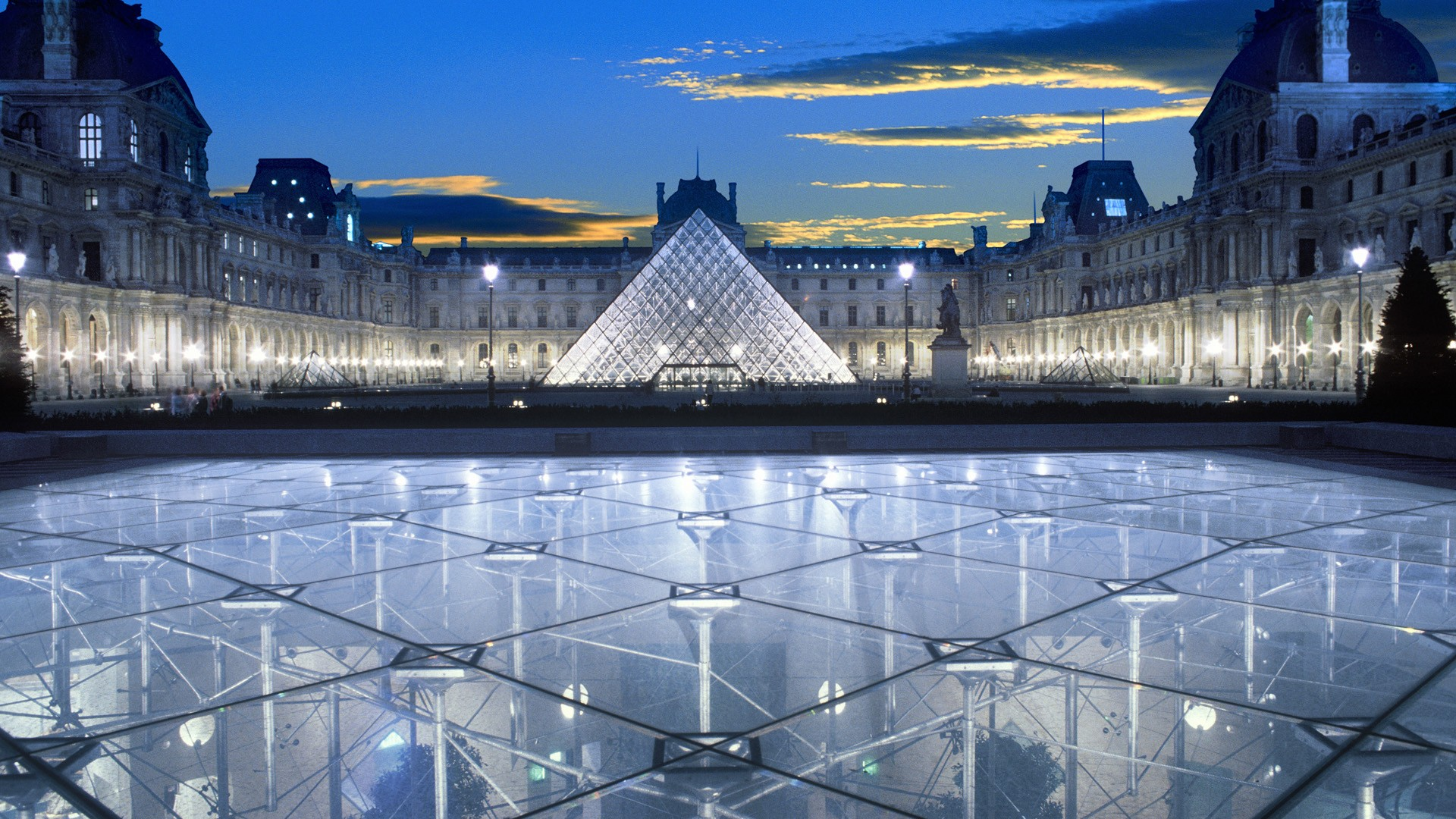 Photos of the building of the Louvre Museum, France