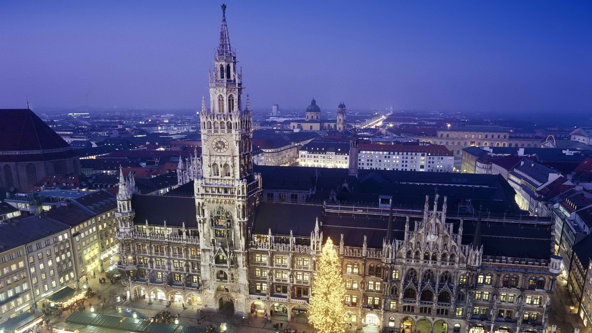 Photos of the new town hall in Munich, Germany