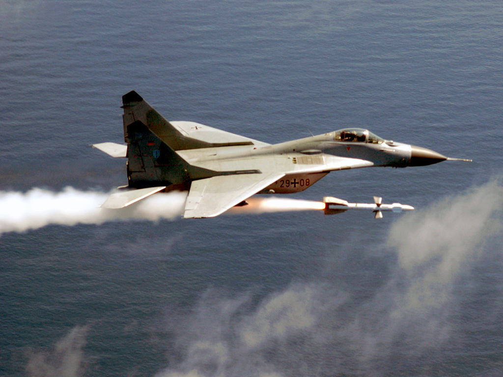 combat fighter launched cruise missile