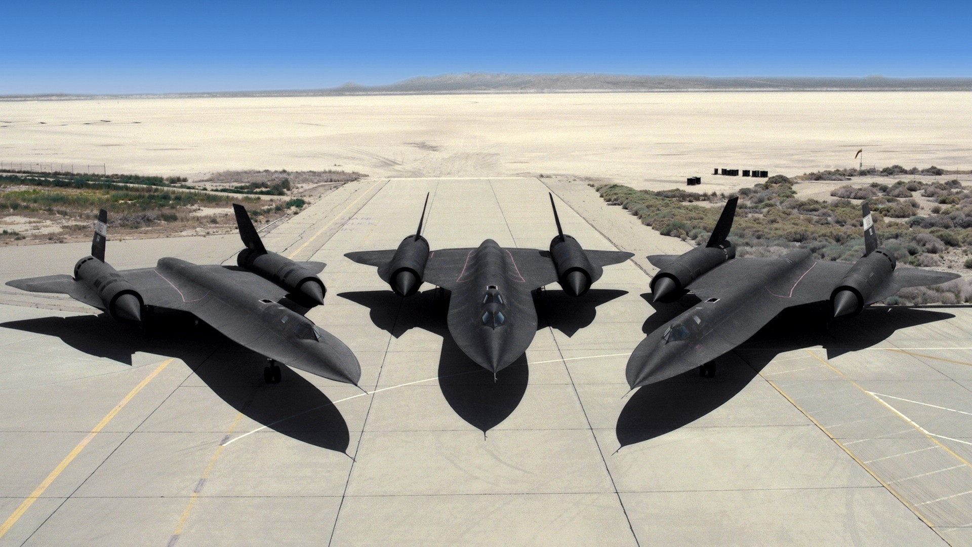 Military Aircraft SR 71 Blackbird Desert Eagle