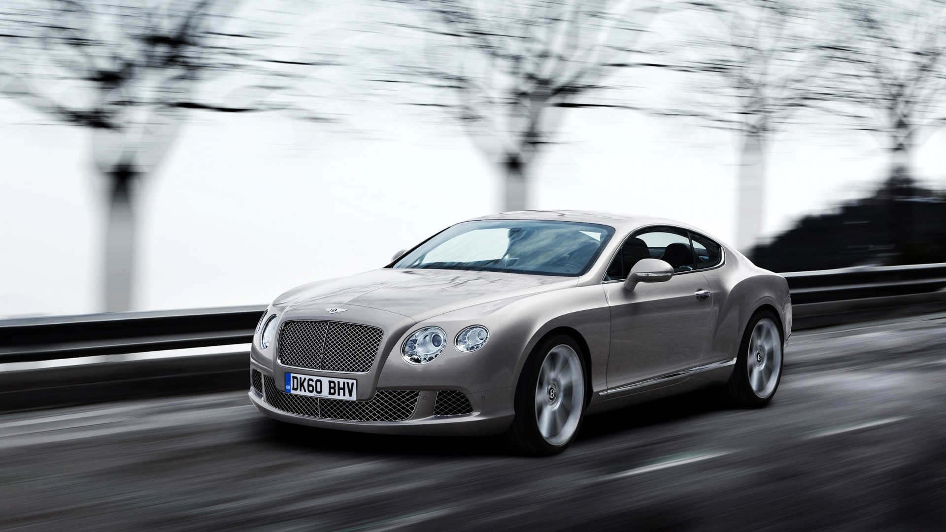 Car wallpaper, gray Bentley moving at high speed
