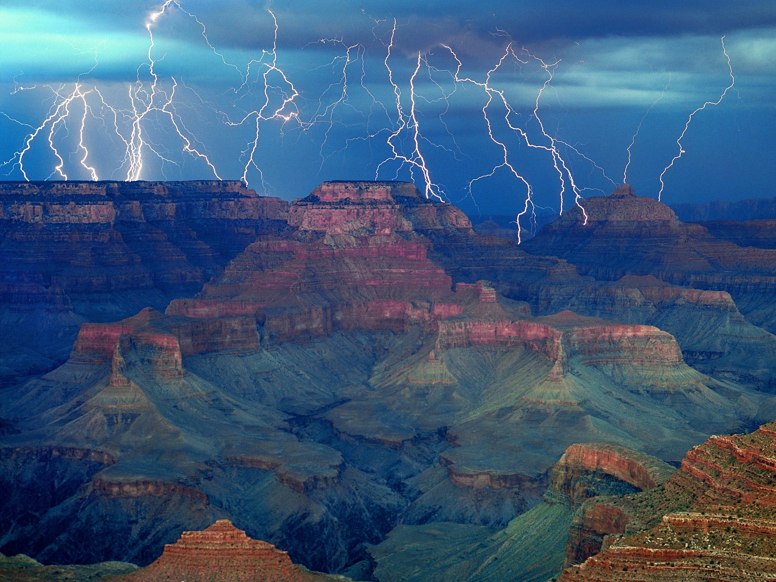 severe thunderstorm at the canyon