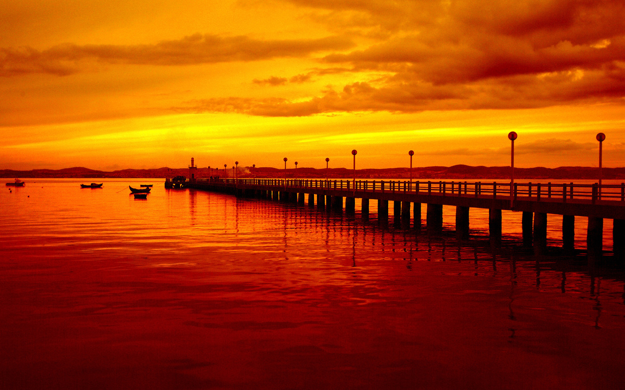 red sunset, boats