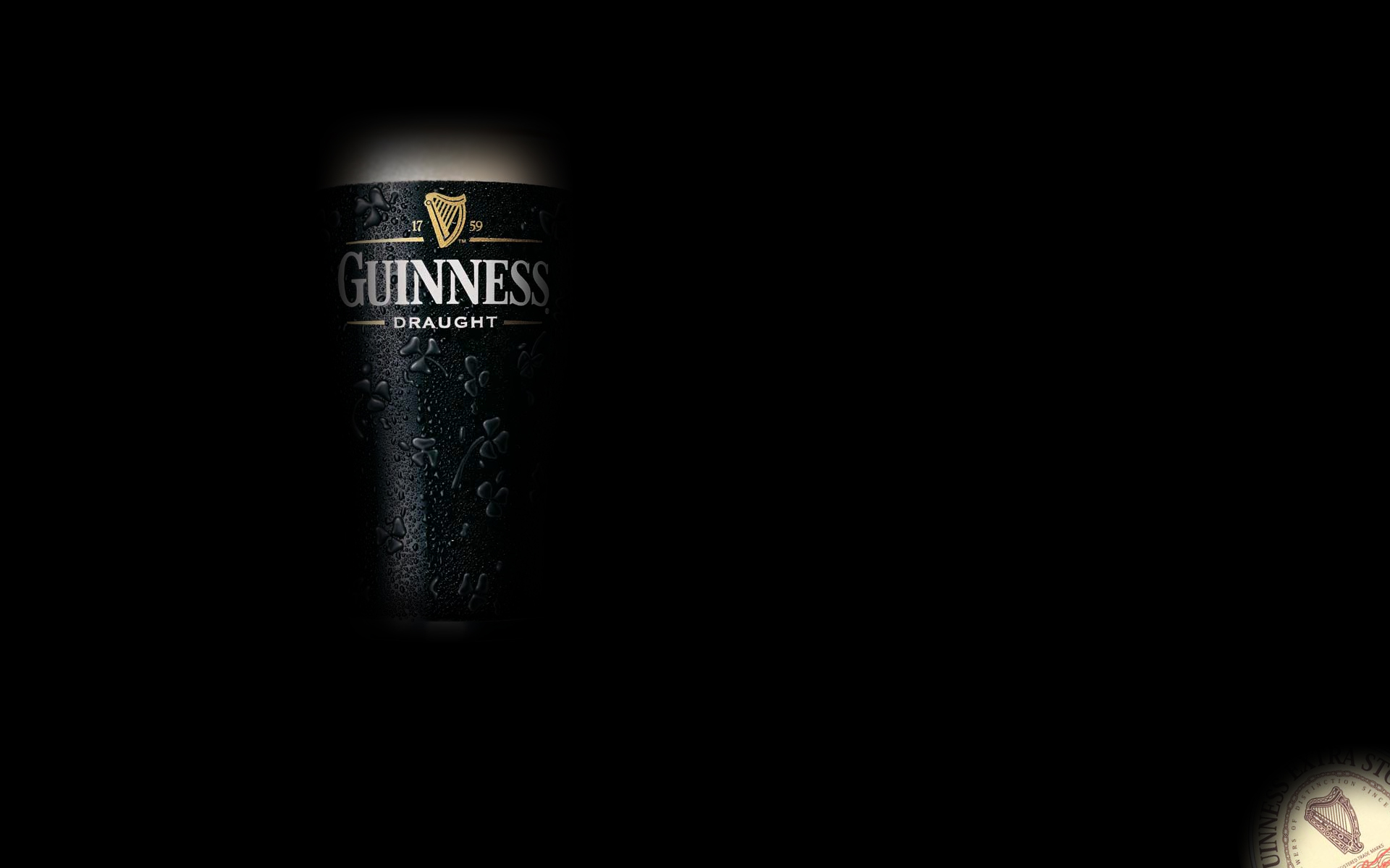 A glass of beer Guinnes