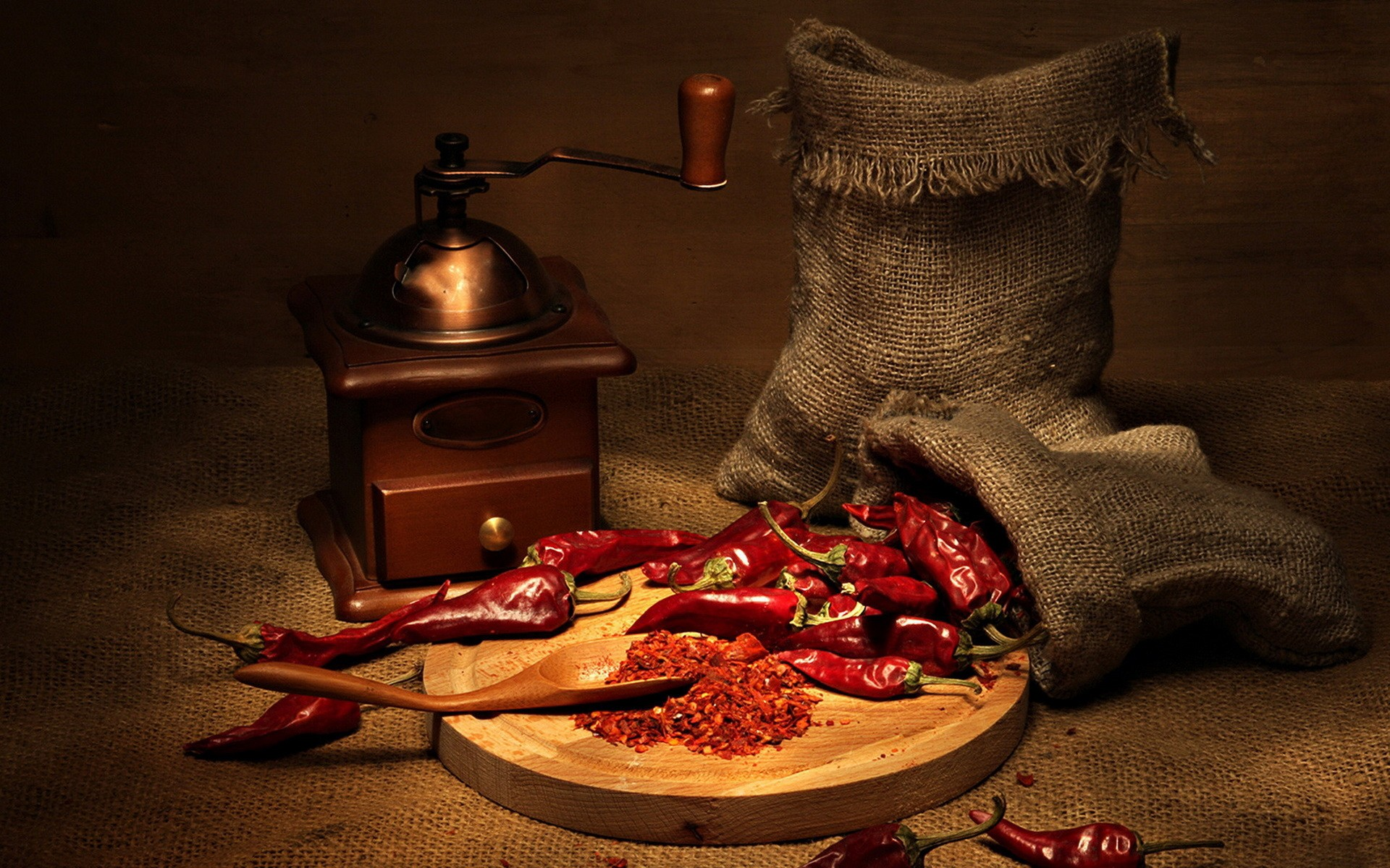 Cayenne pepper and chili mill, wallpaper