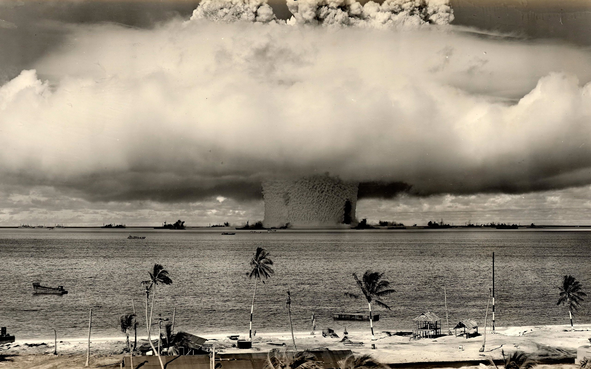 Large explosion of a hydrogen bomb