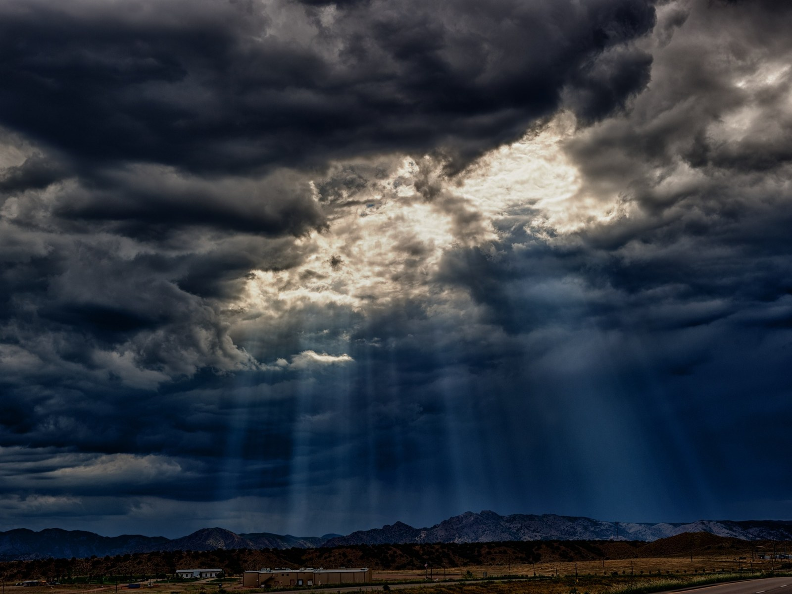 Rays through the clouds
