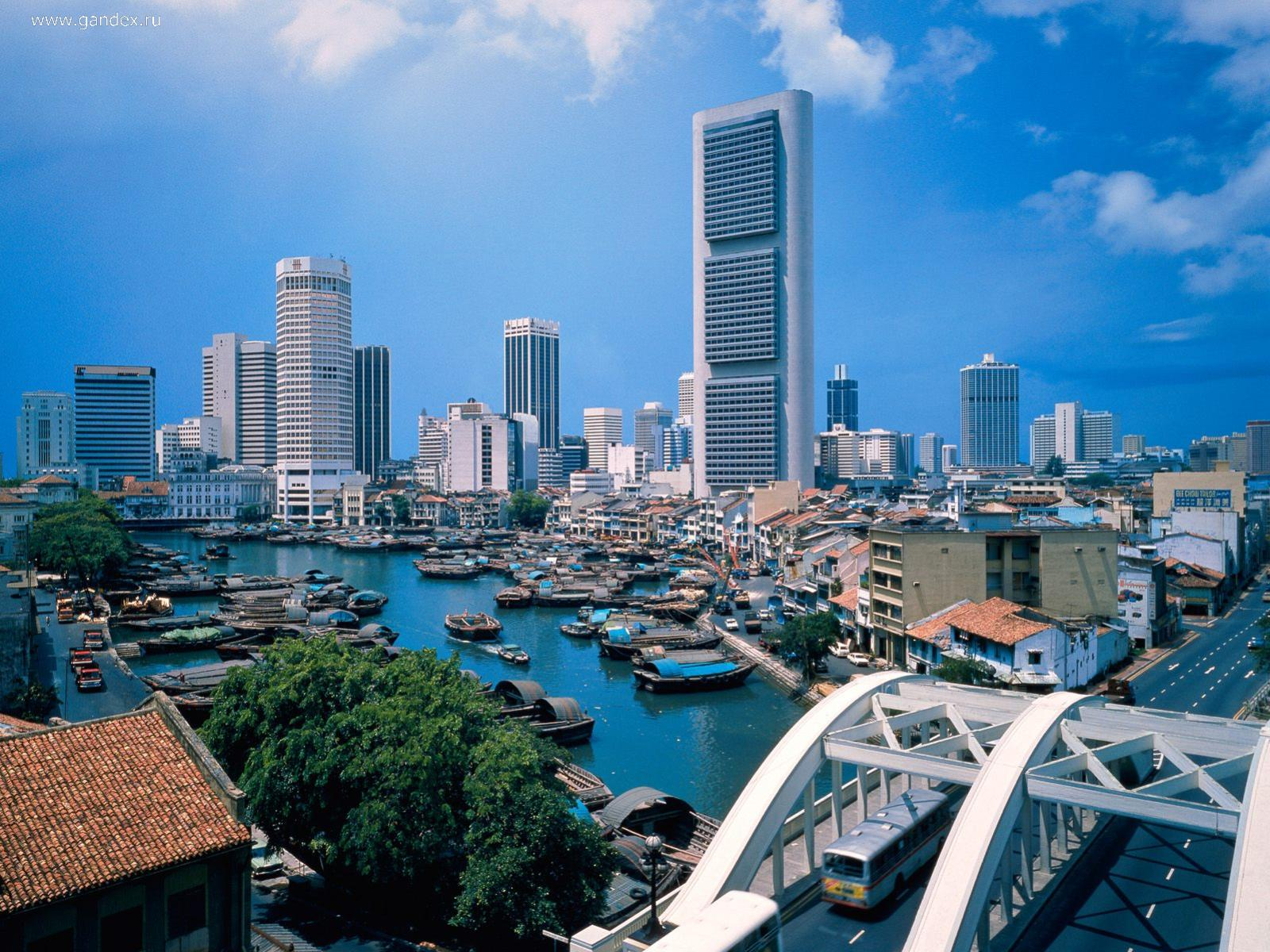 Singapore River in Singapore, the city wallpaper.